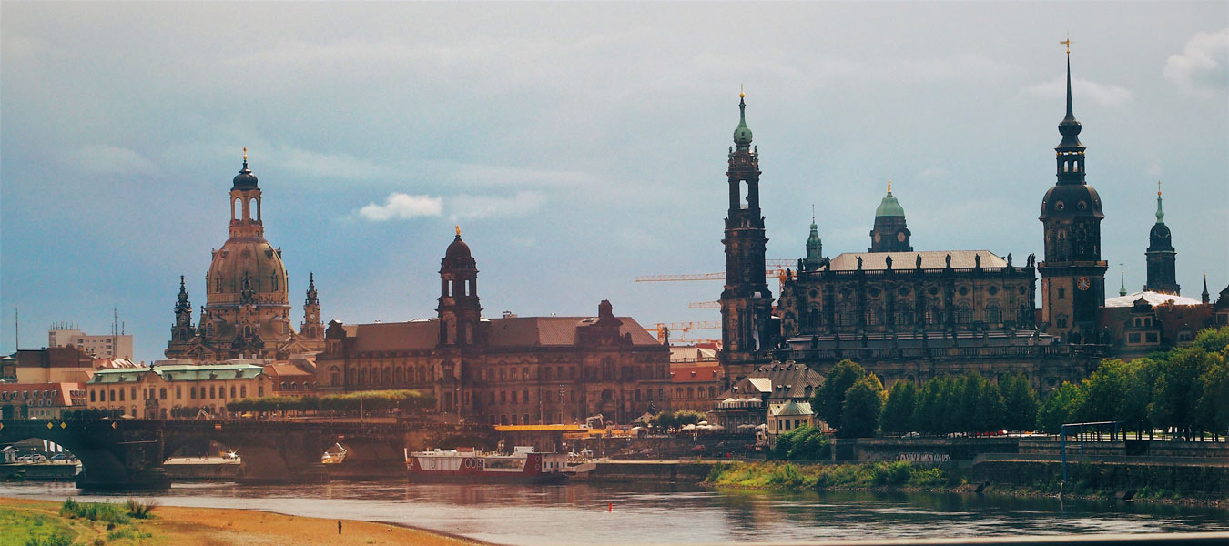 Bands Sänger Für Euren Sektempfang In Dresden Sofaconcerts