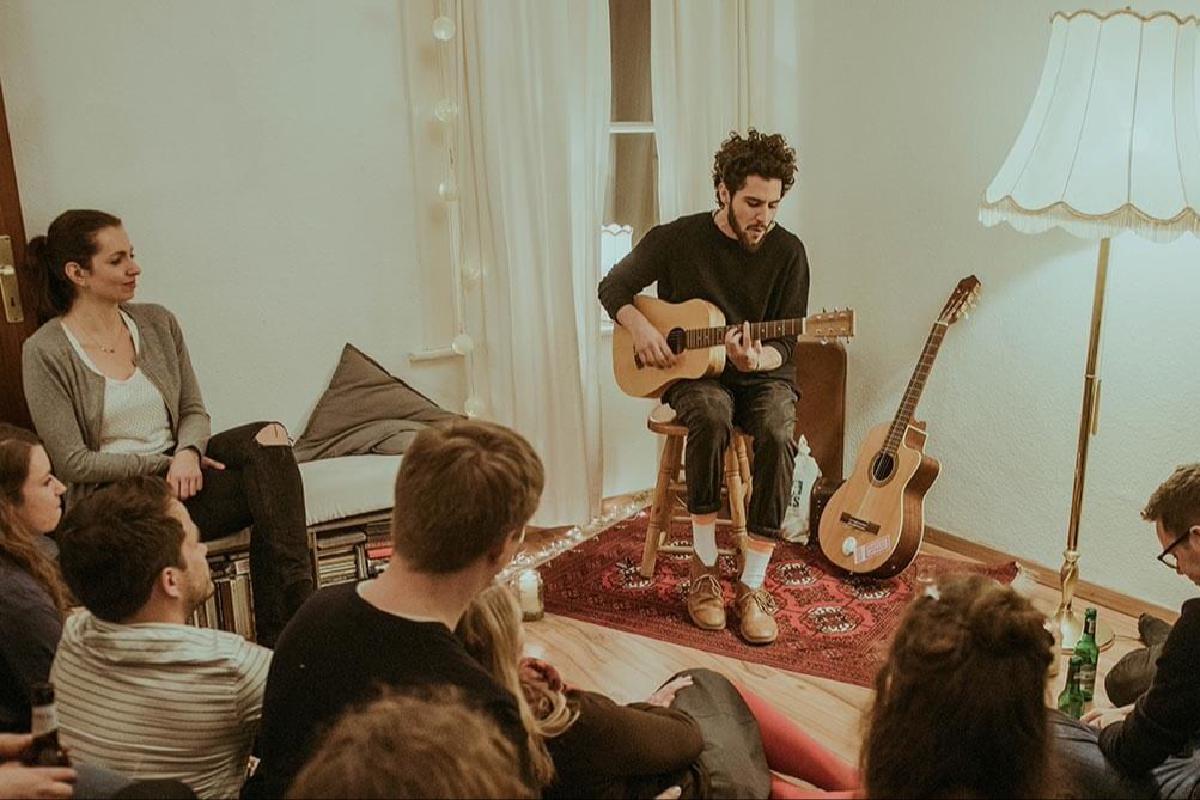 Matteo Capreoli spielt Konzert